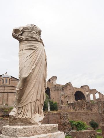 Scenes of beauty in the Roman Forum